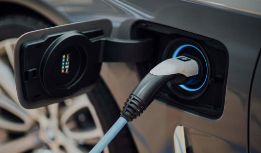 North-American partnership enables convenient access to EV charging stations